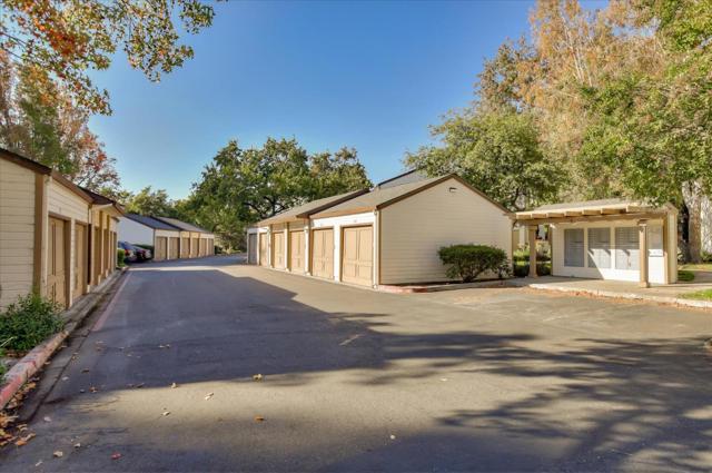 1391 Meadow Ridge Circle, San Jose CA: http://media.crmls.org/mediaz/72F42E58-F1E9-4671-821E-7FA2C4849815.jpg