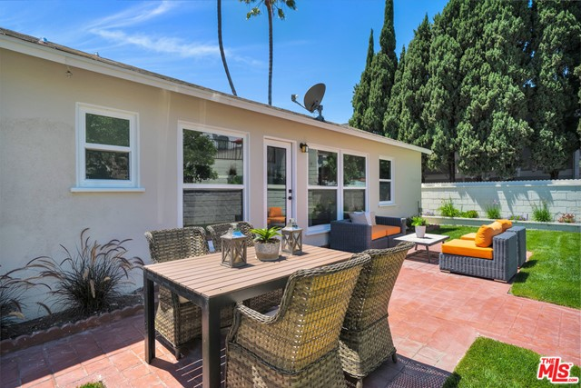 13107 Rose Ave, Los Angeles, CA 90066 photo 26