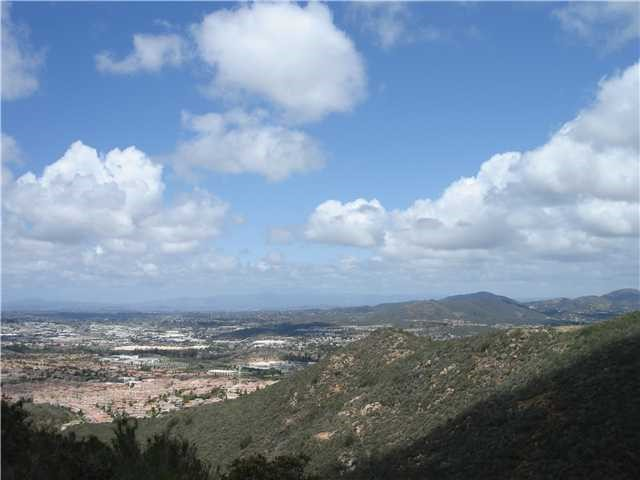 Photo of home for sale at Washingtonia Drive, San Marcos CA