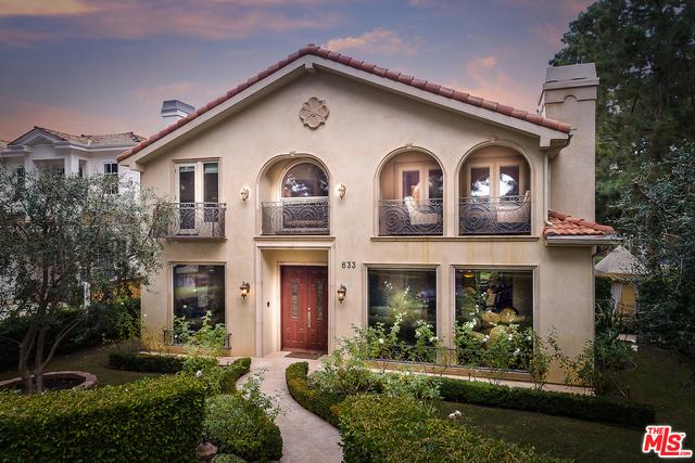 Single Family Home for Sale at 633 24th Street Santa Monica, California 90402 United States