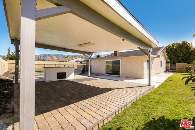 4311 Toyon Circle, La Verne CA: http://media.crmls.org/mediaz/73E4F335-70EB-4DC2-A220-234B4940BA4E.jpg