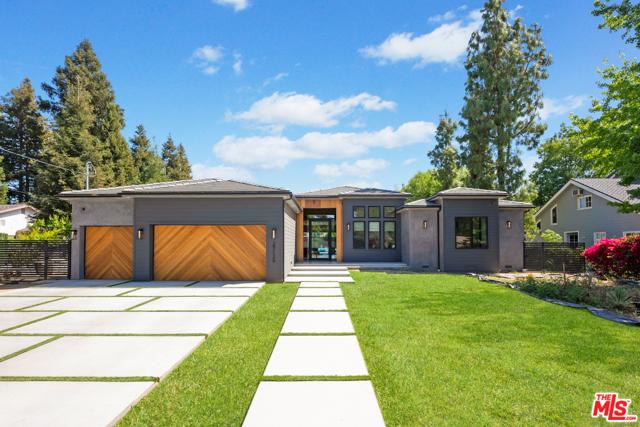 Photo of 23126 Collins Street, Woodland Hills, CA 91367