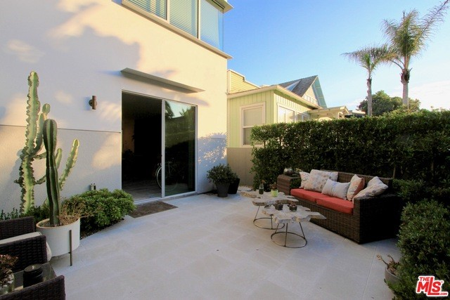 36 27th Pl B, Venice, CA 90291 photo 3