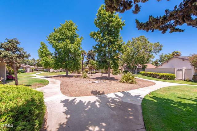 501 Holly Avenue, Oxnard CA: http://media.crmls.org/mediaz/7564ED75-FD77-4D20-83B4-1A776479B0BF.jpg