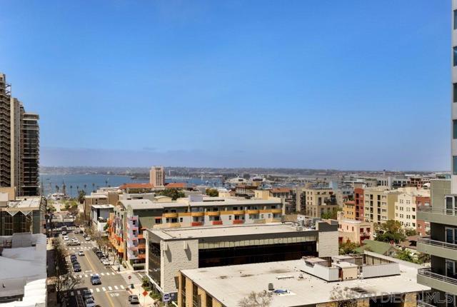 1494 Union St., San Diego CA: http://media.crmls.org/mediaz/75868D4B-05E1-46D5-B056-AC01E1B9276F.jpg