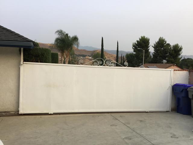 14661 Daisy Meadow Street, Canyon Country CA: http://media.crmls.org/mediaz/75D709A7-A0E8-4DE5-850C-408781A3102D.jpg