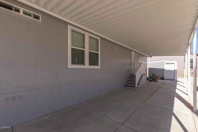 1215 Anchors Way Drive, Ventura CA: http://media.crmls.org/mediaz/75FF24D6-4611-4BAC-A83F-03AA1F588F0A.jpg