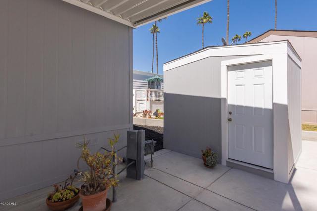 1215 Anchors Way Drive, Ventura CA: http://media.crmls.org/mediaz/76747A94-2B12-4C58-B699-16EF9FBAD4DC.jpg