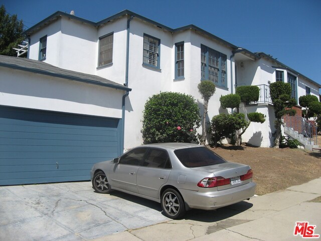 Photo of home for sale at 4667 NORTHRIDGE Drive, Los Angeles CA