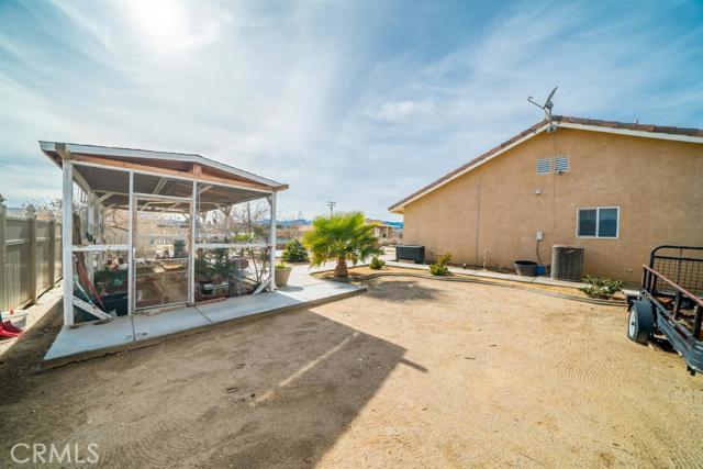 10925 Del Rosa Road Phelan CA 92392
