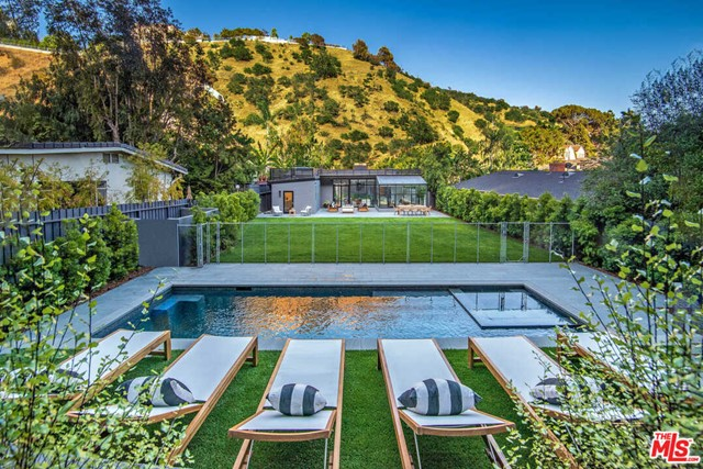 1833 Franklin Canyon Drive  Beverly Hills CA 90210