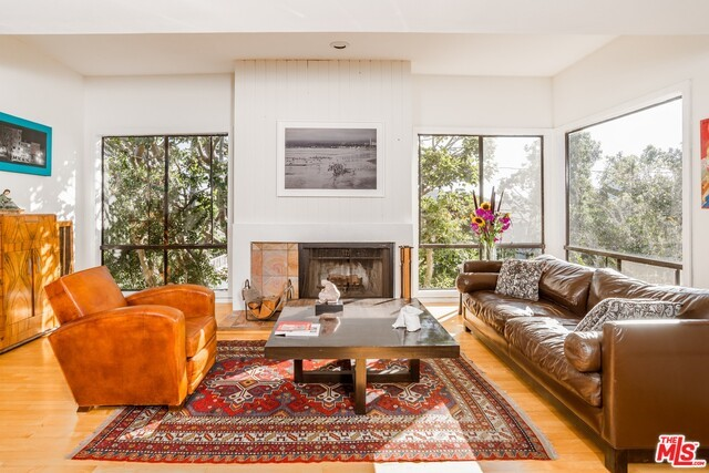 Townhouse for Sale at 2607 2nd Street Santa Monica, California 90405 United States