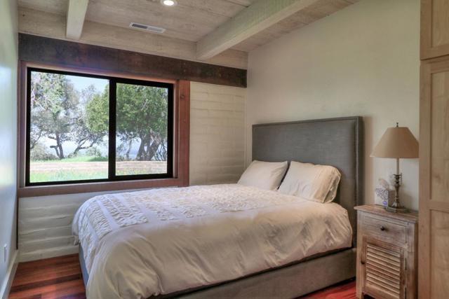 500 El Caminito Road, Carmel Valley CA: http://media.crmls.org/mediaz/78EB2F48-A0B9-4FF4-BB45-4EEFDD5822BE.jpg