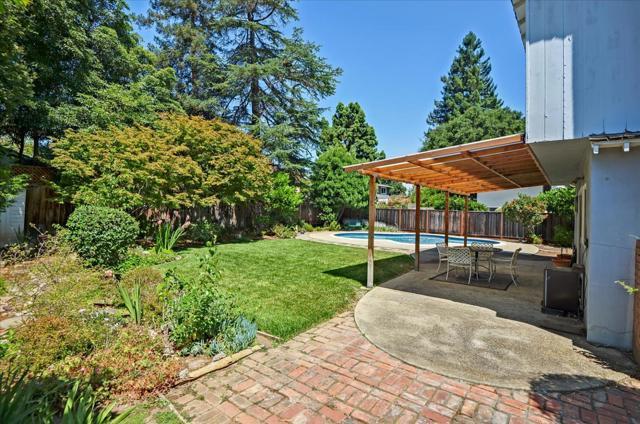 1288 Carmel Terrace, Los Altos CA: http://media.crmls.org/mediaz/79031517-517B-4C88-832C-56F379F3A928.jpg