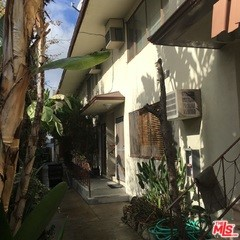 Single Family for Sale at 417 Ardmore Avenue N Los Angeles, California 90004 United States