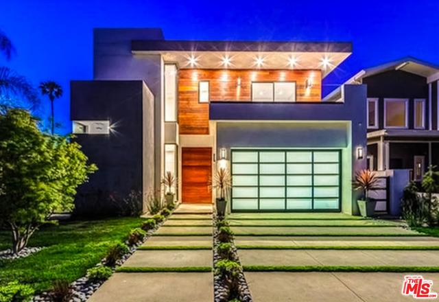 Photo of 14827 HUSTON Street, Sherman Oaks, CA 91403