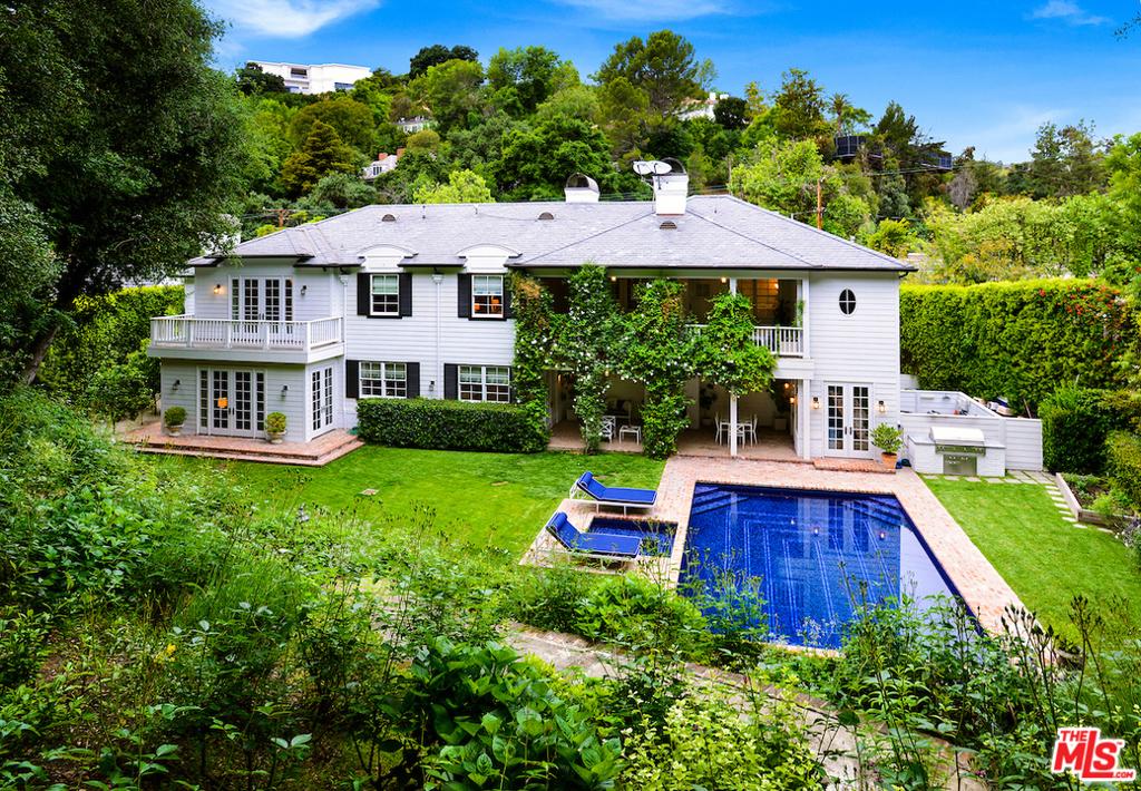 2578 Hutton Drive #  Beverly Hills CA 90210