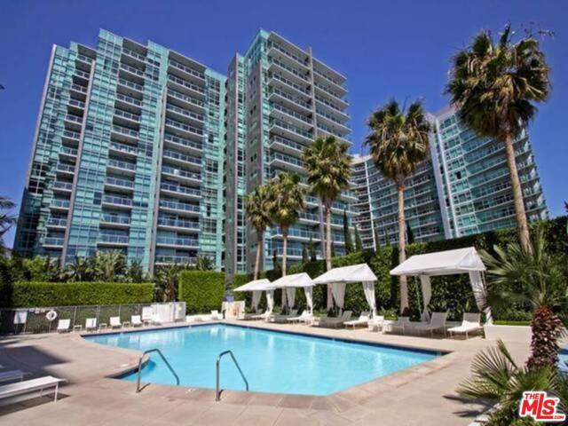 13700 Marina Pointe 1526 Venice CA 90292