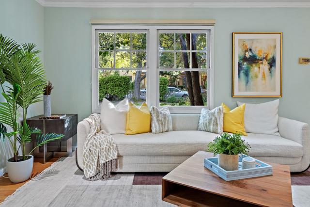 4221 Wilkie Way, Palo Alto CA: http://media.crmls.org/mediaz/7B4409C1-FF72-4A7D-8D92-2A08A8014E45.jpg
