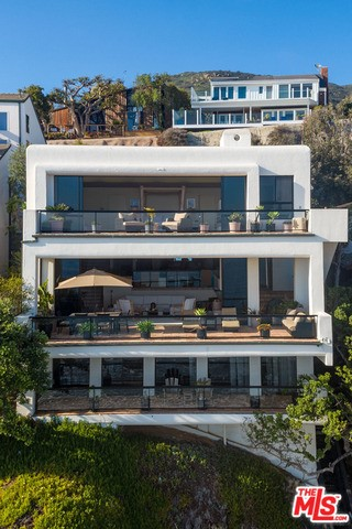 31516 VICTORIA POINT Road  Malibu CA 90265