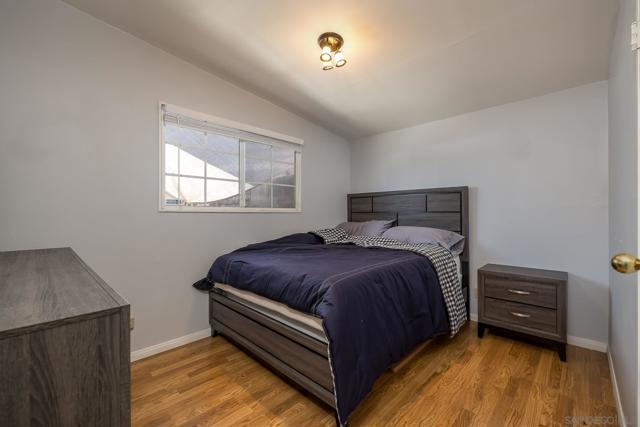 5172 Aberdeen St, San Diego CA: http://media.crmls.org/mediaz/7C1BCA54-08E2-41D9-B7EE-A165C1A2A8AE.jpg