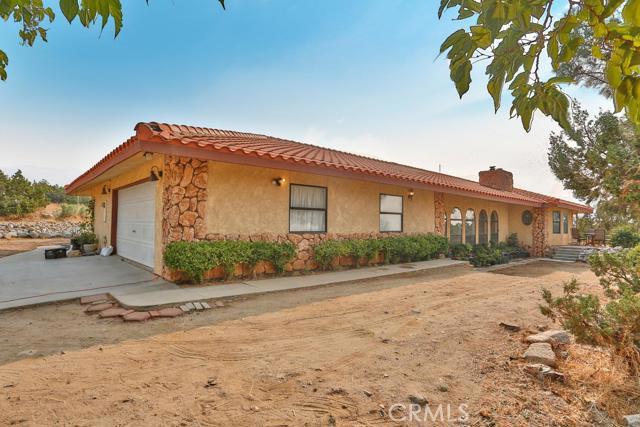 1275 Tamarack Road,Pinon Hills,CA 92372, USA
