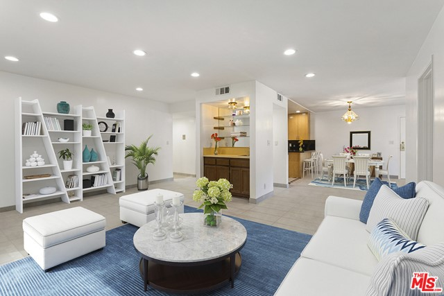 15330 Albright Street 101  Pacific Palisades CA 90272