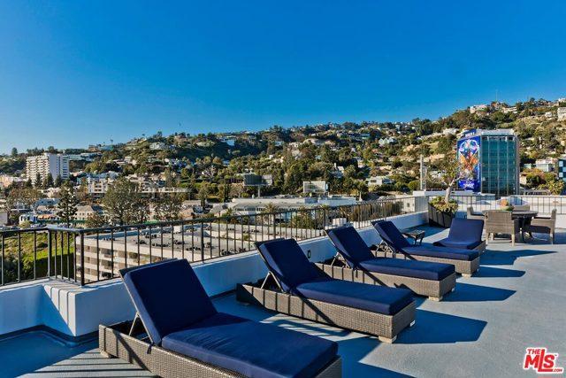 1100 Alta Loma Road, West Hollywood CA: http://media.crmls.org/mediaz/7DA9CDA2-9738-4FF0-ADBC-533A73781BC4.jpg