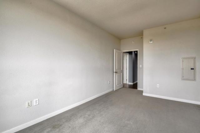 1375 Lick Avenue, San Jose CA: http://media.crmls.org/mediaz/7DCD3A4D-8BA3-4986-9BF5-293DB0038018.jpg