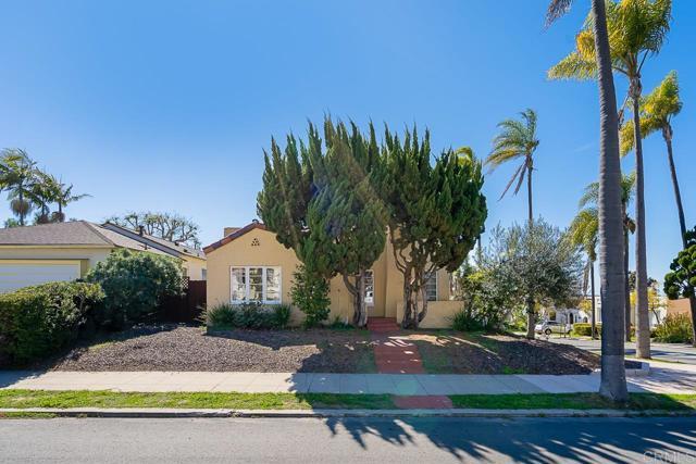 2345 Presidio Drive, San Diego CA: http://media.crmls.org/mediaz/7DF9B776-0177-4E52-9959-74DDC5EC3A4F.jpg