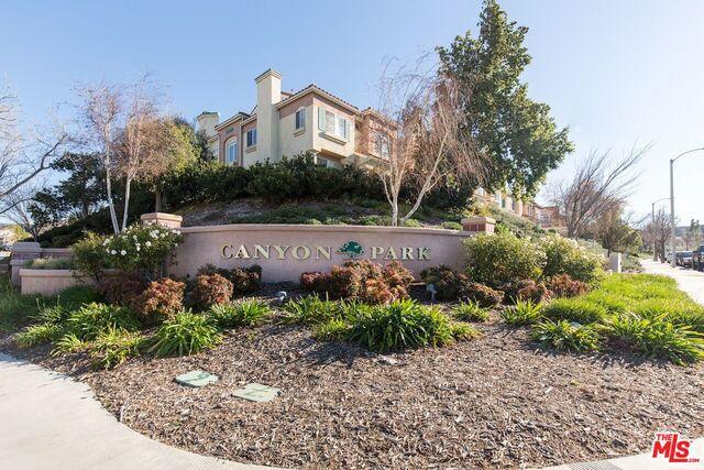 18118 FLYNN Drive Unit 3401, Canyon Country CA 91387