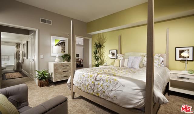 2200 COLORADO Avenue, Santa Monica CA: http://media.crmls.org/mediaz/7E236E43-AA06-4DEA-9271-03C32C3CFF69.jpg