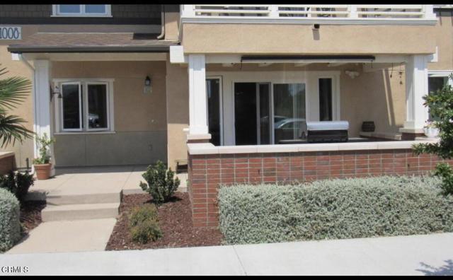1008 Los Angeles Avenue, Ventura CA: http://media.crmls.org/mediaz/7E3657AE-0050-49D6-90B0-6010CB4A6909.jpg
