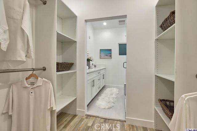 5043 Ramsdell Avenue, La Crescenta CA: http://media.crmls.org/mediaz/7E3BAD5E-0364-4D50-B1D8-BDDC84548F7A.jpg