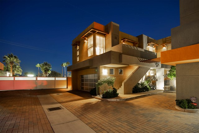 2090 TANGERINE Court Palm Springs CA 92262