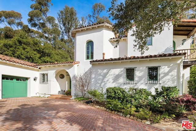 492 Monarch Lane, Santa Barbara CA: http://media.crmls.org/mediaz/7E76A4A1-5716-4517-81EC-60DF4145F5E2.jpg