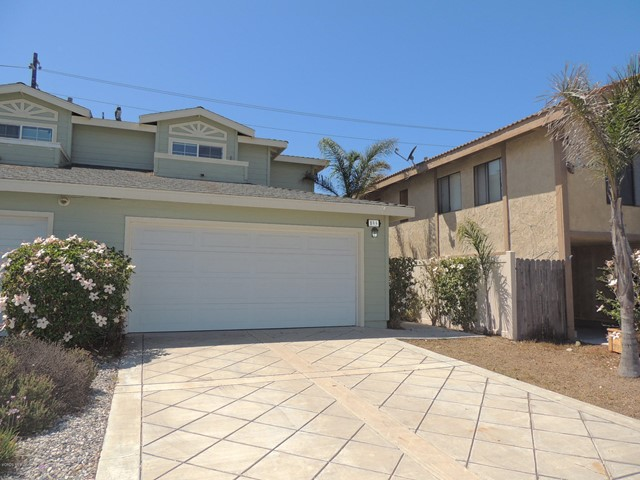 Photo of home for sale at 899 Dunes Street, Oxnard CA