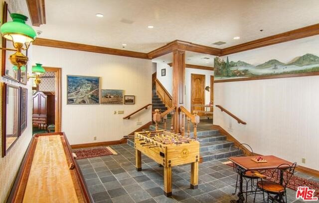 27417 NORTH BAY Road, Lake Arrowhead CA: http://media.crmls.org/mediaz/7EB3B0C1-BEFC-41F8-BEF3-CAF79FE5395C.jpg