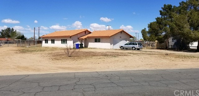 11180 Neola Road Apple Valley CA 92307
