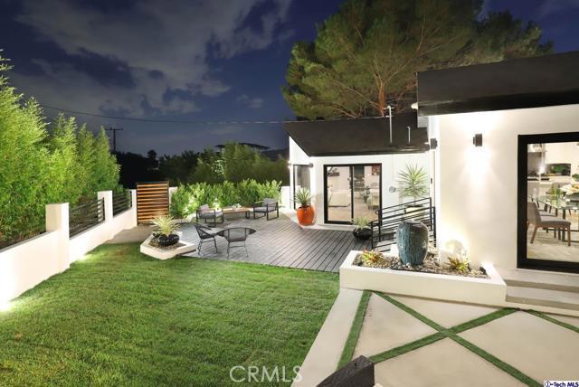 5043 Ramsdell Avenue, La Crescenta CA: http://media.crmls.org/mediaz/7F170E61-E7FC-4B80-BCCE-1912EFD1010A.jpg
