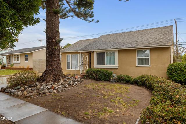 484 Rancho Drive, Ventura CA: http://media.crmls.org/mediaz/7F27598A-1C19-4B3E-B552-69544204C6B1.jpg