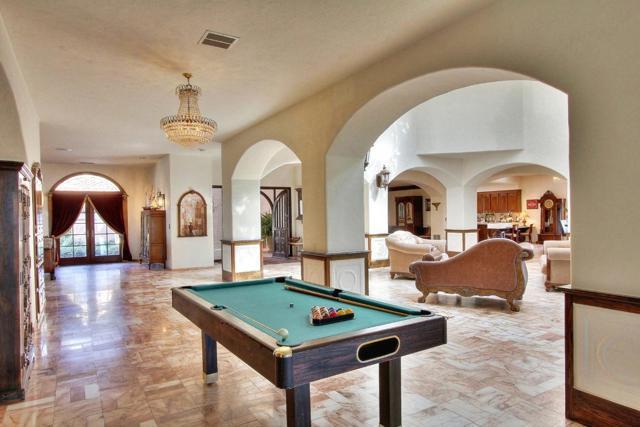 300 Country Club, Carmel Valley CA: http://media.crmls.org/mediaz/7F430F20-F8C9-4EB2-BAEB-162FB38F117A.jpg