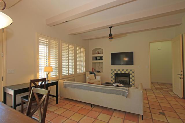 48568 Legacy, La Quinta CA: http://media.crmls.org/mediaz/7F442174-060D-4F66-82BA-5FDD13ACF225.jpg
