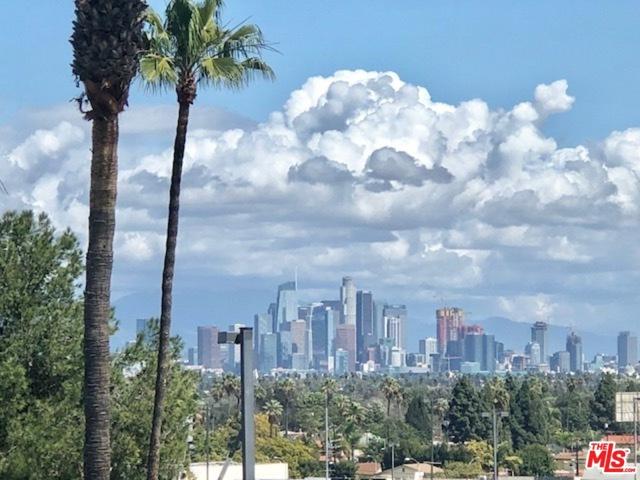 3750 SANTA ROSALIA Dr 408, Los Angeles, CA 90008