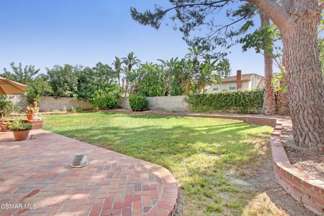 2752 Gum Circle, Simi Valley CA: http://media.crmls.org/mediaz/7FC39A71-6116-4C1F-AFCD-3E5DC858DD55.jpg