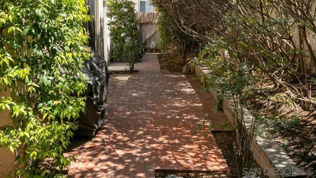 10620 Villa Bonita, Spring Valley CA: http://media.crmls.org/mediaz/7f5d58f9-f51d-4ac6-99b4-1fcb56f11cfc.jpg