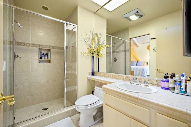 369 Wimbledon Drive, Rancho Mirage CA: http://media.crmls.org/mediaz/8000D5F3-F7C3-4AED-AD04-55C35AB67E31.jpg