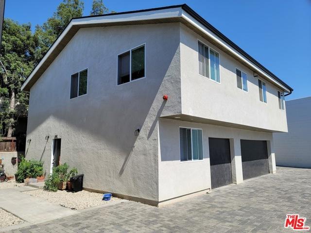 14711 Saticoy Street, Van Nuys CA: http://media.crmls.org/mediaz/801937A1-DDD8-4818-A210-FF576CEDF109.jpg