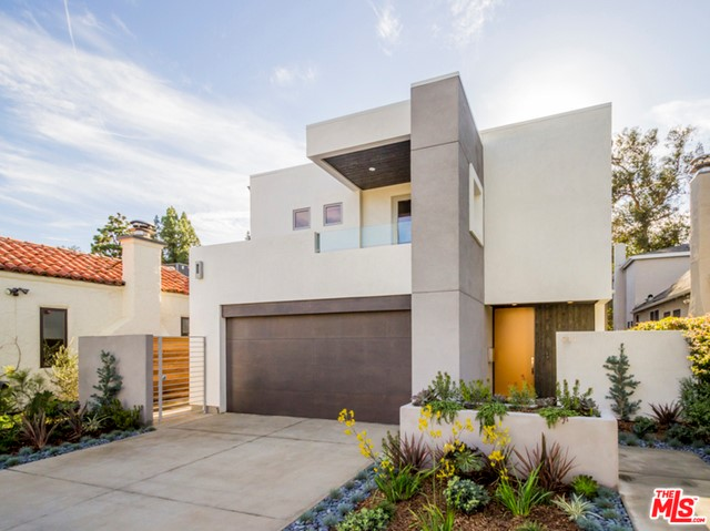 Single Family Home for Sale at 911 Wellesley Avenue Los Angeles, California 90049 United States