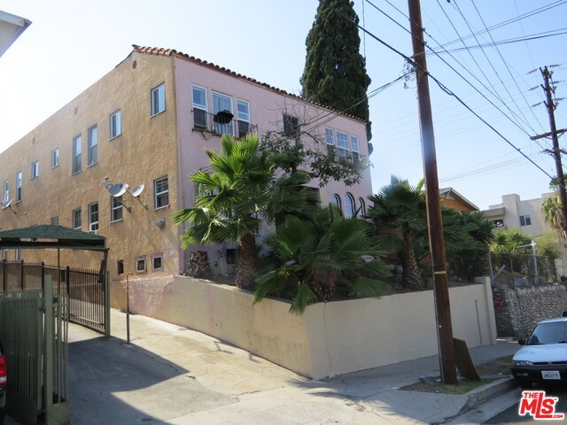1105 Ardmore Avenue, Los Angeles, California 90006